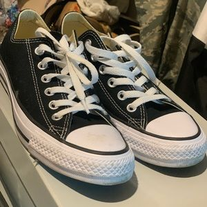 Classic Converse low top